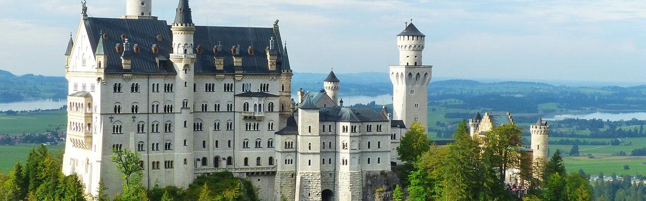 замок нойшванштайн, групповая экскурсия в замок Нойшванштайн, экскурсии, замки Баварии, достопримечательности Германии