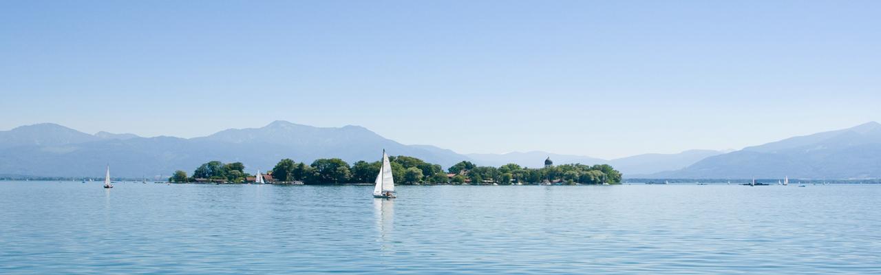 химзее, херренхимзее, Экскурсия на озеро Химзее – Королевский дворец Херренхимзее